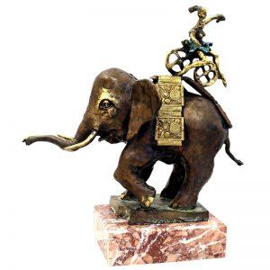 Dresor-sculptura-dorin-lupea