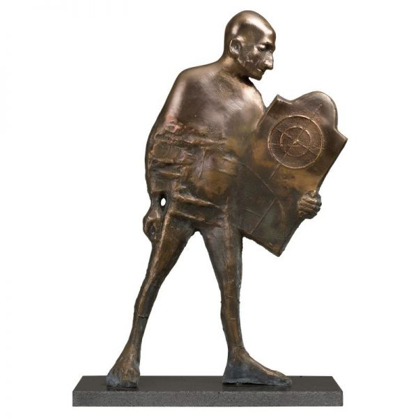 Omul cu tinta-sculptura-ion-iancut
