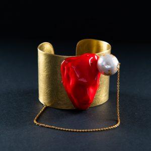 Bratara portret rosu cu perla-bijuterie-maria-filipescu