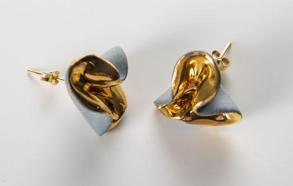 Cercei ondulati cu tija-bijuterie-raluca-buzura
