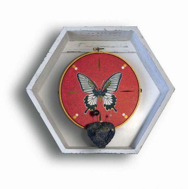 Butterfly-arta-decorativa-rodica---ioana-ghilea